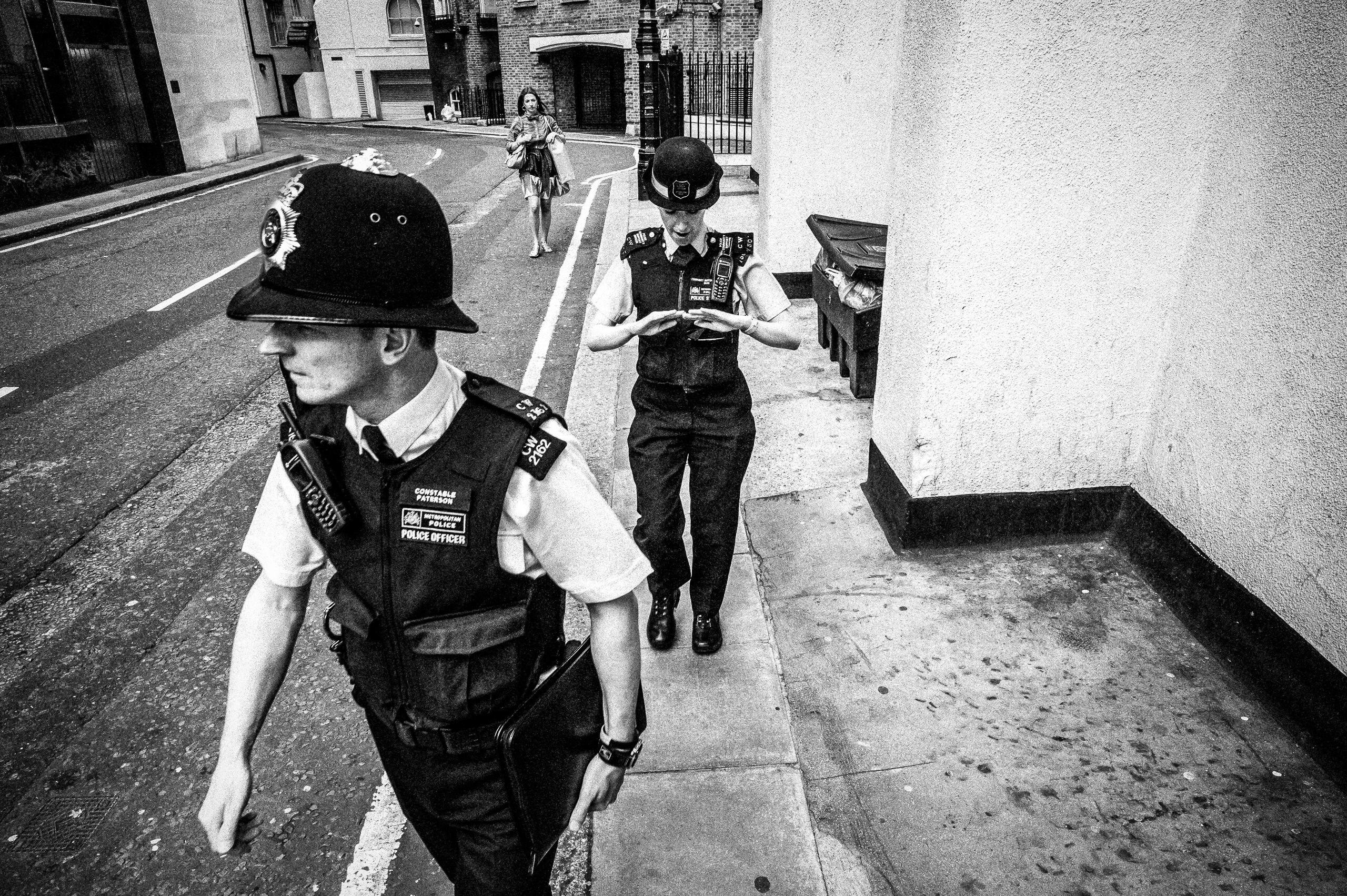 Workshop Portfolio London Metropolitan Police Street By Brett Leica Photographer