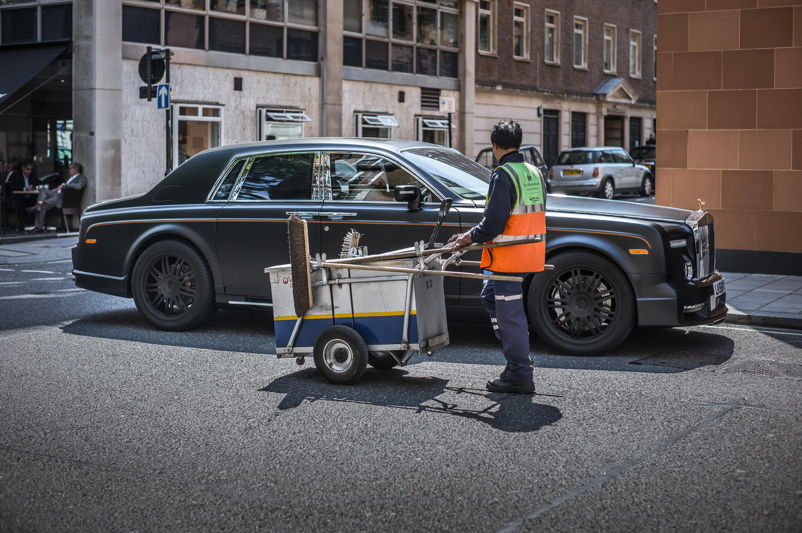 Workshop Portfolio Mayfair Rolls Royce By Brett Leica Photographer