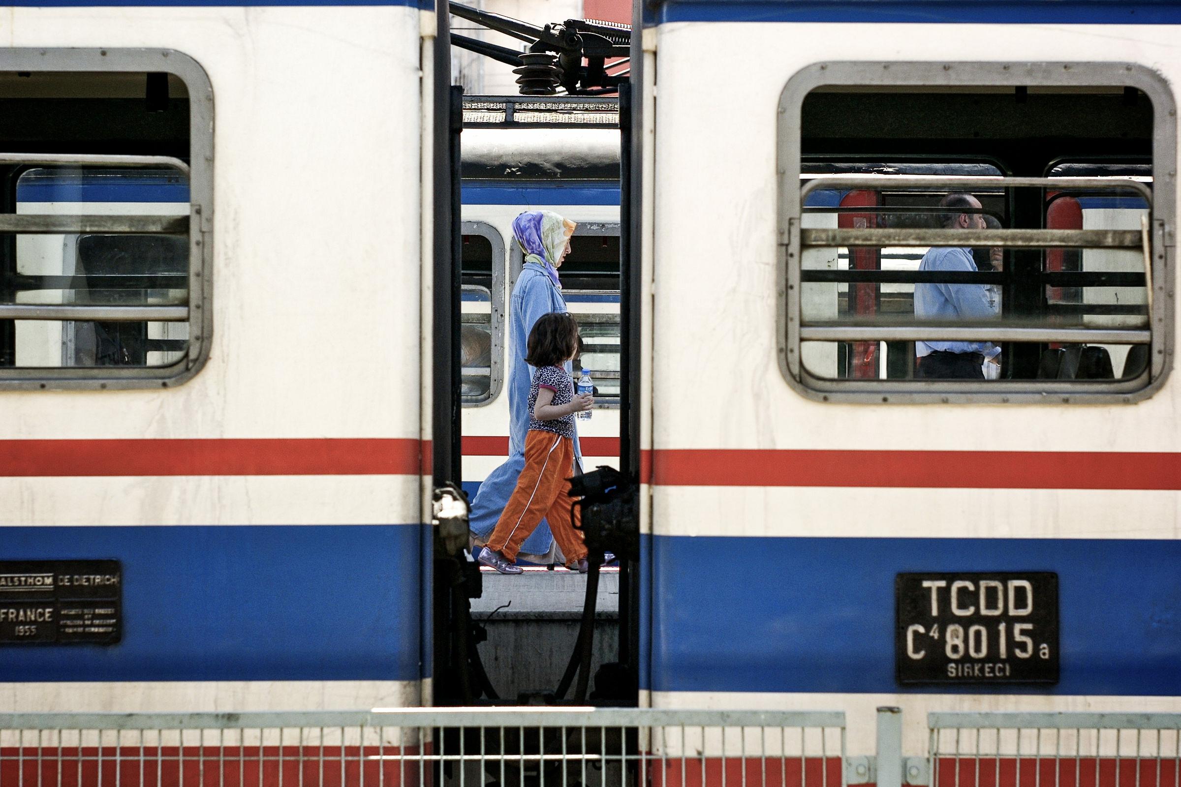 World Portfolio Istanbul Railway Station By Brett Leica Photographer