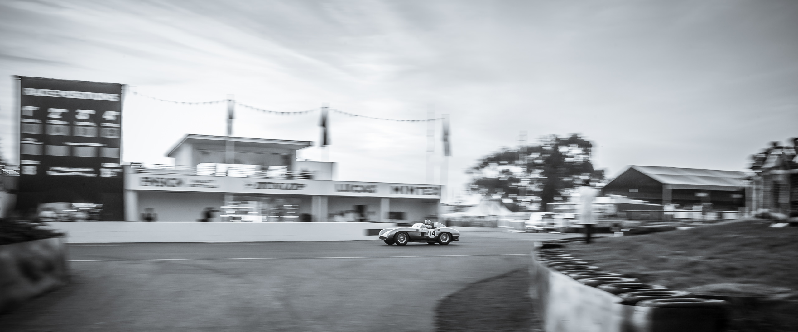 Wayfinder Workshop Goodwood Revival Aston Martin Dbr1 By Brett Leica Photographer
