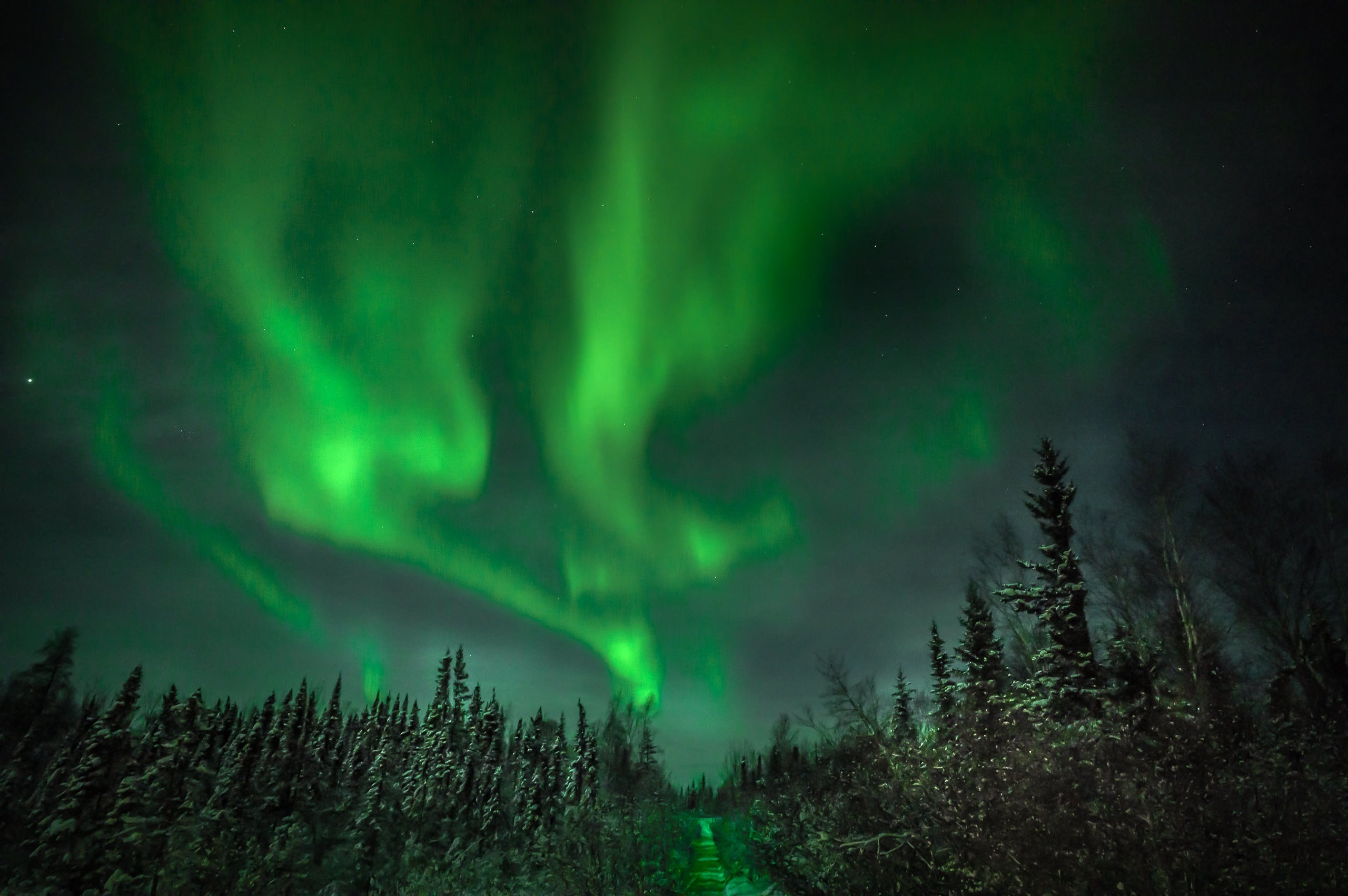 B G World Bybrett Brett Leica Photographer Yellowknife Aurora Northern Lights 001