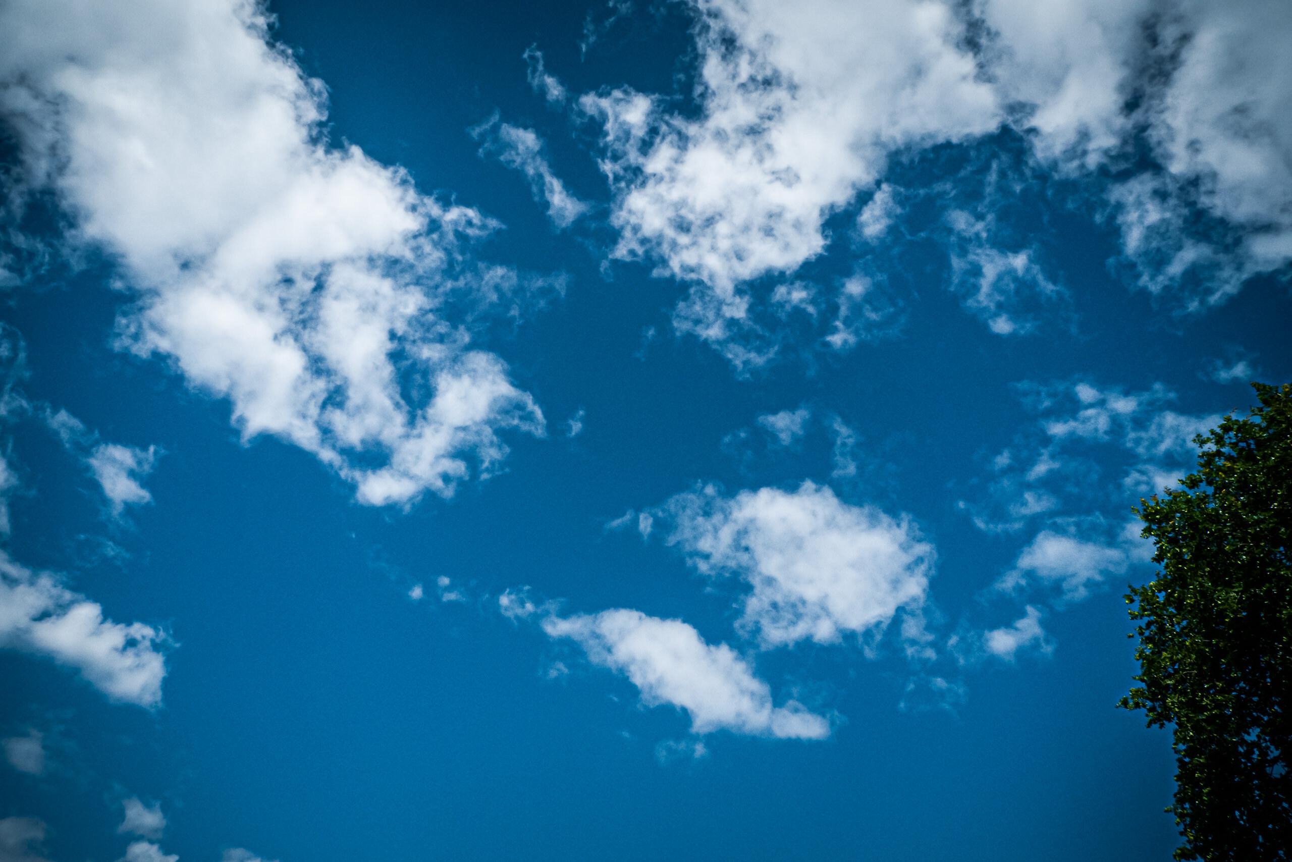 Wayfinder World Clouds By Brett Leica Photographer