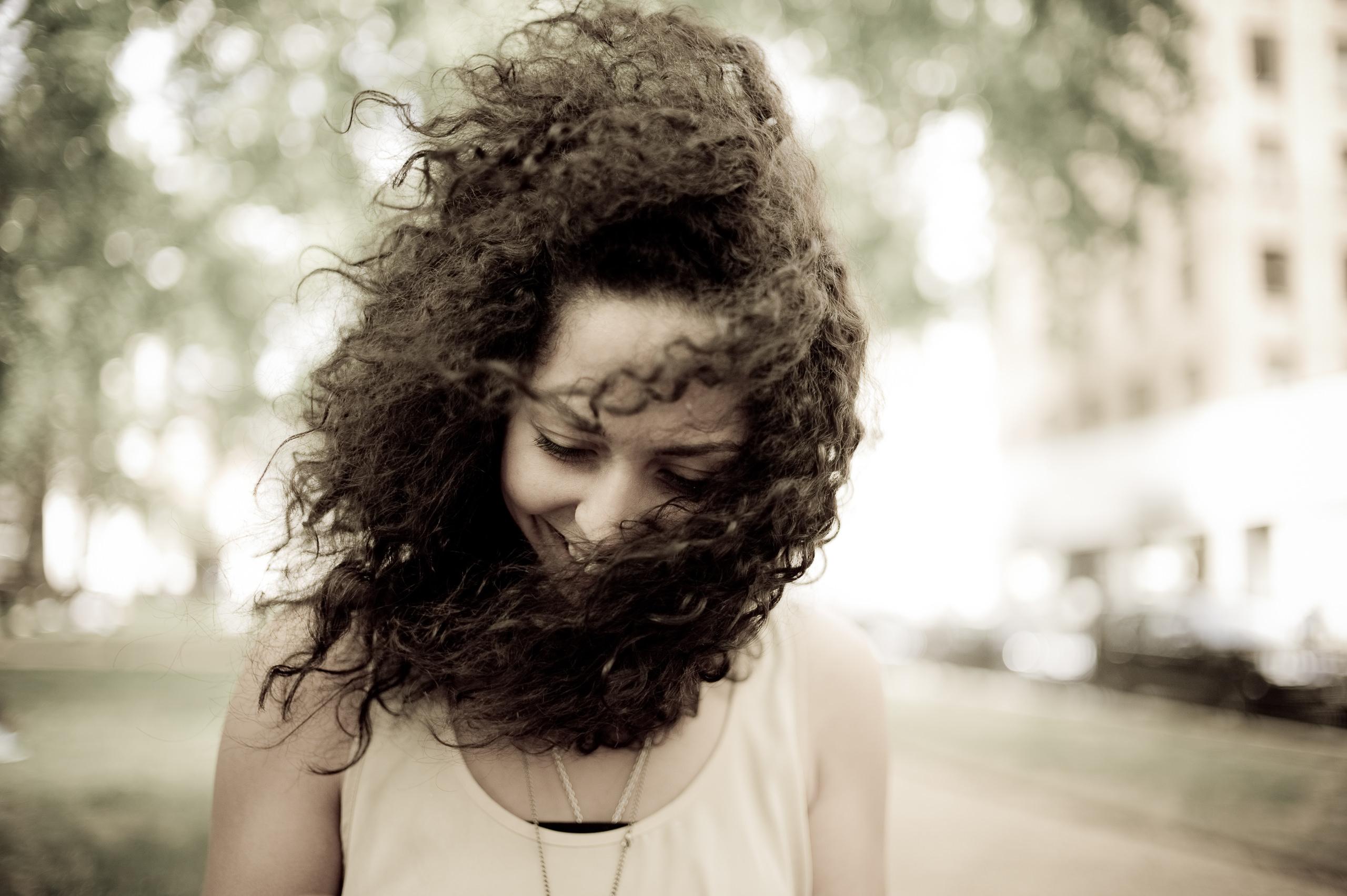 World Gallery Enviromental Portrait Wind In The Hair By Brett Leica Photographer